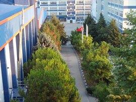 Ön bahçe ve kampüs alanımız