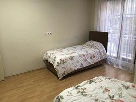 Hacıbey Kız Öğrenci Apartı 2 Kişilik Balkonlu Oda