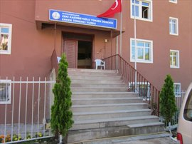 Zeki Kadirbeyoğlu Erkek Öğrenci Yurdu