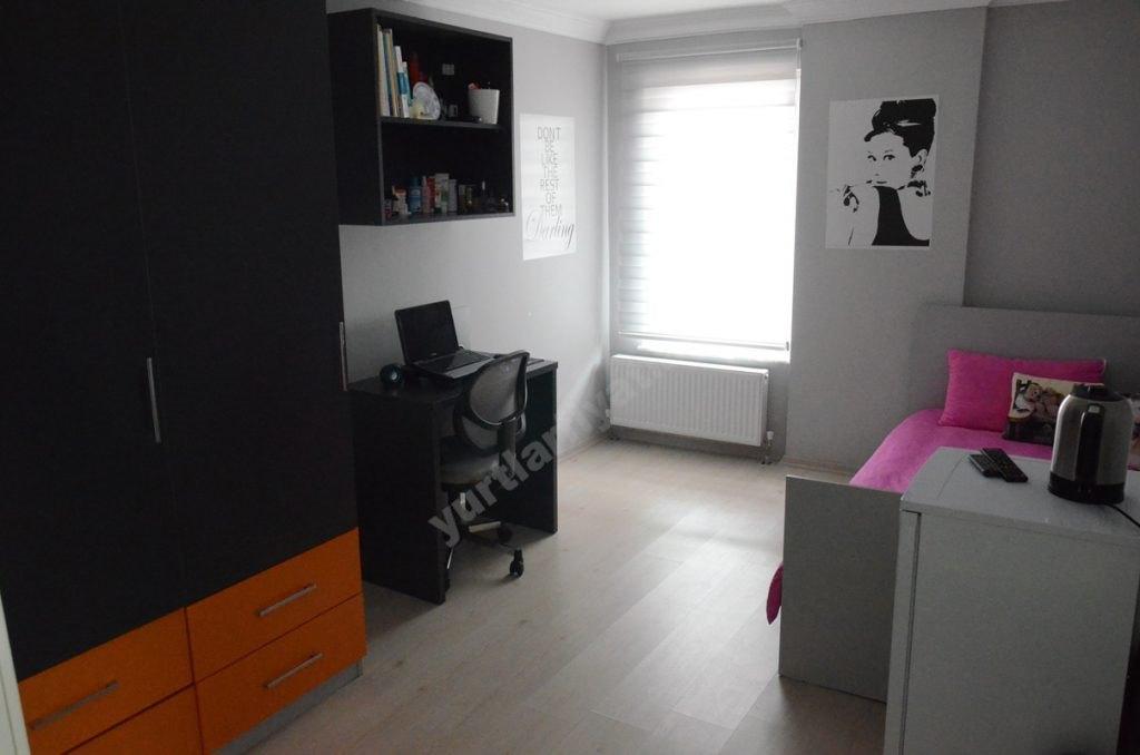 ArmaLoft Kız Öğrenci Yurtları Tek Kişilik Odalar