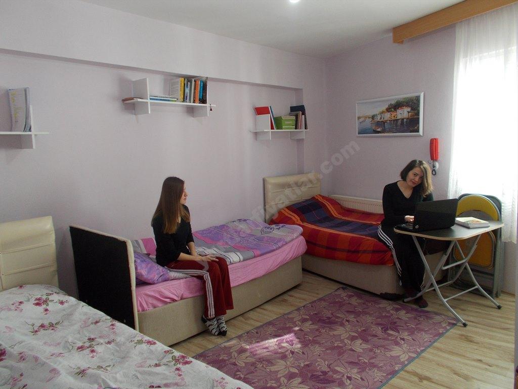 Özel 18 Mart Kız Öğrenci Yurdu