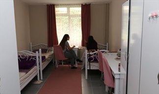 Ankara - Çankaya, Özel Piyano Kız Öğrenci Yurdu - 3 Kişilik Oda