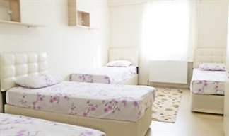 Kocaeli - İzmit, Şehit Esma Kız Öğrenci Yurdu - 4 Kişilik Oda
