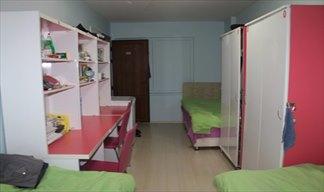 Kocaeli - İzmit, İCK Hüsniye Cankan Kız Öğrenci Yurdu - 3 Kişilik Oda - Geniş