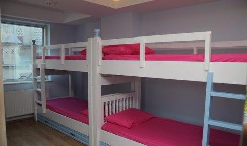İstanbul - Şişli, Ala-Çatı Kız Öğrenci Yurdu - 4 Kişilik Oda - ( 32 m2 )