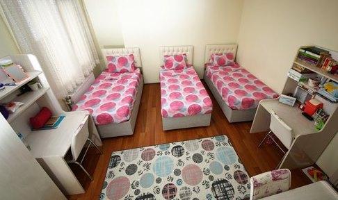 İstanbul - Maltepe, Turkuaz Öğrenci Yurtları Maltepe Kız Şubesi - 3 Kişilik Oda