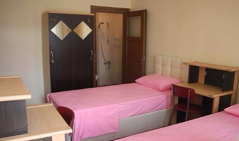 İstanbul - Fatih, Yurt İstanbul Kız Öğrenci Yurdu - 2 Kişilik Oda - Banyo - WC