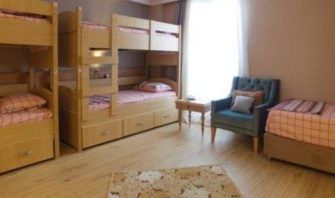 İstanbul - Fatih, Sabiha Hanım - Kıztaşı Kız Öğrenci Yurdu - 5 Kişilik Oda