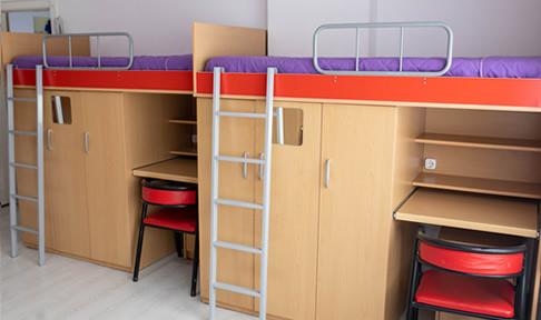 Özel Alkın Emek Kız Öğrenci Yurdu - 5 Kişilik Oda